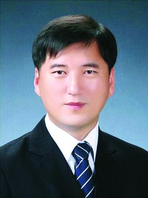 박병식 목사.jpg