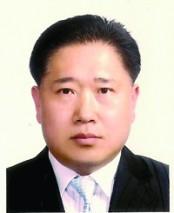 김영근 목사.jpg