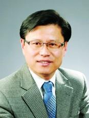 김응재 목사.jpg